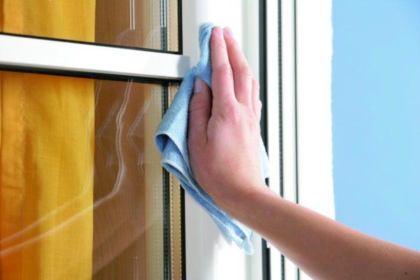 как очистить окно пвх